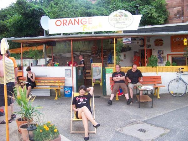orange_beach2.JPG